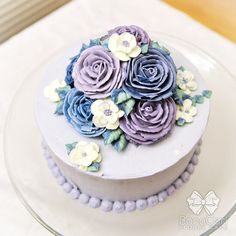 Floral/Flower Buttercream Cake 6 Dome Style by BonaCeri on Etsy Gorgeous Cakes, Pretty Cakes, Amazing Cakes, Buttercream Cake Designs, Buttercream Flower Cake, Frosting, Fancy Cakes, Mini Cakes, Cupcake Cakes