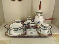 Marie Antoinette's hot chocolate set at the chocolate museum in Brugge.