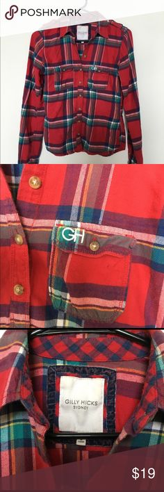 Women's Gilly Hicks Flannel This Gilly Hicks Flannel is a size small. Super comfy AND cute. Great condition! No holes, stains, or defects at all. Feel free to make an offer! Gilly Hicks Tops Button Down Shirts