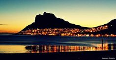 Hout Bay at night - Cape Town Time For Africa, South Afrika, Cape Town South Africa, Most Beautiful Cities, Best Cities, Places To See, Monument Valley, Travel Destinations, Scenery
