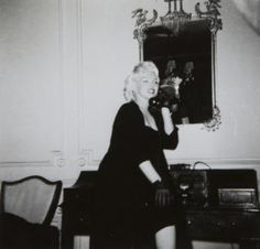 MARILYN MONROE CANDID PHOTOGRAPHS - Current price: $400