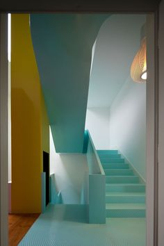 "staircase in mint | ""the gmg house""