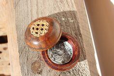 Porte encens en bois par MamieBrocante sur Etsy