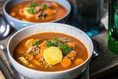 Den här soppan brukar vi få när vi hälsar på hos s. Soup Recipes, Great Recipes, Cooking Recipes, Healthy Recipes, Swedish Recipes, Rabbit Food, Food Hacks, Clean Eating, Food Porn