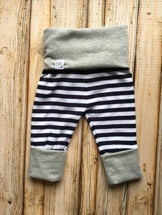 Grow with me pants Evolution leggings Baby by ButterflyKissesCo - Need to find a pattern for these