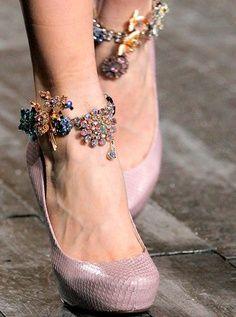 nina ricci ankle bracelets//