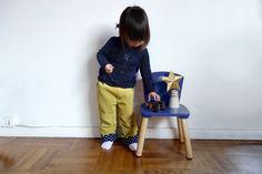 LES PIEDS DANS LES ETOILES  Pantalon velour, reverts coton . Patron Madamemaman .