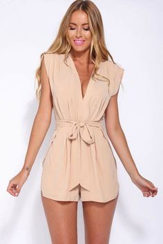 Mafulus Women Solid Rompers V Neck Sleeveless Short Jumpsuits Casual Playsuit Outfits: Size chart for your reference/pbr//pS size: Fashion Mode, Fashion Outfits, Womens Fashion, Fashion Trends, Fashion Clothes, Latest Fashion, Asos Jumpsuit, Petite Jumpsuit, Jumpsuit Shorts