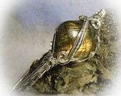 Labradorite Spectrolite Wire Wrapped Stone Bracelet 6.5