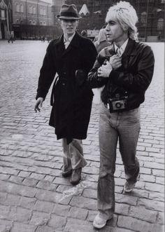 Miren lo que encontré!! David Bowie & Iggy Pop.