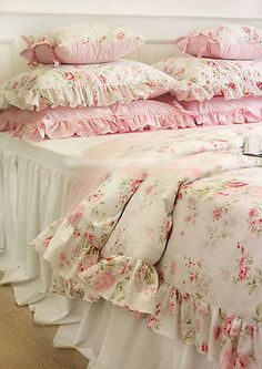 Shabby Chic Cottage CON TEJIDO FLORAL DE CUBIERTA DE EDREDÓN almohada CASE SET Blanco Rosa Queen