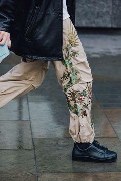 THE BEST STREET STYLES FROM LONDON FALL 2017 MEN FASHION WEEK - Photo by Dan Roberts for Vogue.com London Mens street-styles street style LMFW LFWM LFW17 London Men's shows Fall Winter 2017 Men's coat Prada check print