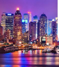 Interact with industry thought leaders globally. Access executive referrals and new business opportunities across the network. Global Village, Bank Jobs, Being In The World, Business Opportunities, New York Skyline, Around The Worlds, Job Seekers, Medical, Community
