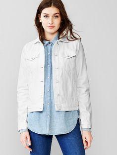 The New Way To Wear A Denim Jacket