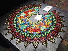 Hama Beads, Seed Beads, Image Glass, 3d Pattern, Patterns, Beaded Crafts, Wood Stone, Brick Stitch, Diy Jewelry Making