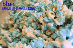 BYU Blue popcorn---White Chocolate Marshmallow Cinnamon Sugar Popcorn or Our Best Bites blue jello popcorn with white chocolate drizzle Blue Popcorn, White Chocolate Popcorn, Chocolate Marshmallows, Hot Chocolate, Chocolate Drizzle, Popcorn Snacks, Flavored Popcorn, Popcorn Recipes, Jello Popcorn