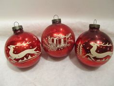 3 Vintage USA Christmas Ornaments Red 2 with Stencilled Reindeer 1 w Gift | eBay