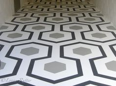 Amazing what a bit of paint can do. Lovely floor painted by Lynne Rutter of San Francisco.