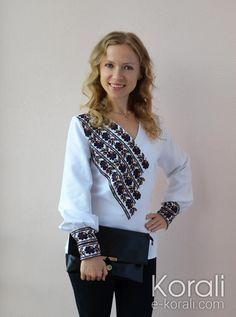 Ukraine, from Iryna Folk Fashion, Hijab Fashion, Womens Fashion, Fashion Trends, Fashion Design, Embroidery On Kurtis, Kurti Embroidery Design, Embroidered Clothes, Kurta Designs