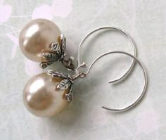 Vintage Pearl Earrings Ivory Glass Sterling Silver. Dewdrop.  From BumbershootDesigns on Etsy