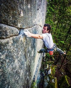 """Rad shot by """"When won the 'name that climb' challenge back in 2016 I offered him a photo shoot as a joke. Turns out he… Sport Climbing, Ice Climbing, Extreme Sports, Mountaineering, Bouldering, Outdoor Activities, Challenges, Photoshoot, Riveting"""