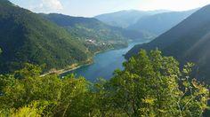 Пивское #озеро - одно из главных водохранилищ Черногории. Для его создания пришлось полностью затопить город Плуженье и отстроить его заново. #биеласица. #черногория #колашин #жабляк #дурмитор #природа #лето #интересное River, Outdoor, Outdoors, Outdoor Games, The Great Outdoors, Rivers