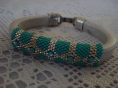 Il Mio bracciale peyote con cuoio regaliz orecchini collana crochet - YouTube