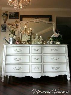 #shabbychic #mancinivintage #gray #white #romantic #french #paintedfurniture #bedroomset #dresser