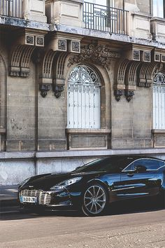 Aston Martin One-77. Follow @y_uribe for more pics.