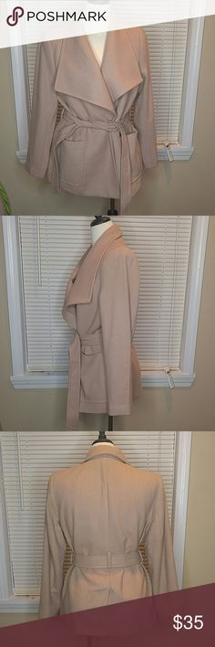 Khak/tan h&m coat size 10 Khaki/tan h&m coat. Brand new with tags. Size 10. H&M Jackets & Coats Trench Coats