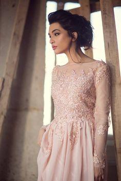 Designer: Ansab Jahangir Photography: Muzi Sufi Hair and Makeup: Natasha Salon Model: Sana Ansari