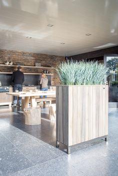 kayu planter supplied by koberg