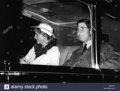 Download this stock image: Prince and Princess of Wales August 1981 Prince Charles and Princess Diana leave Balmoral on return from honeymoon - B44TPT from Alamy's library of millions of high resolution stock photos, illustrations and vectors.