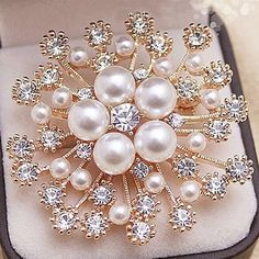 Snowflake Wedding Brooch Pins //Price: $8.99 & FREE Shipping // #jewelry #broochbouquet #broochcantik