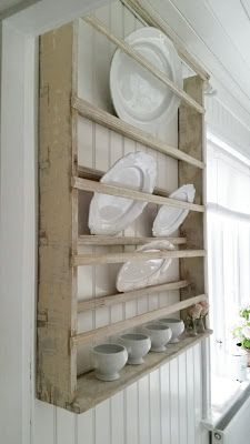 Plate Rack & 10 Easy Pieces: Wall-Mounted Plate Racks | Plate racks Gems and Clever