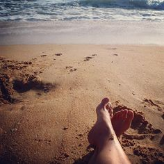 De mooiste stranden van de Algarve - Acht tips voor jouw zonvakantie! - via Saudades de Portugal 20.03.2015   Is het niet eens tijd om je zomervakantie te regelen? Fijn bijkomen op het strand? In de Algarve vindt je wondermooie plekjes. De keuze is enorm, maar dit zijn onze favorieten!