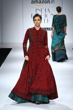 Shalini James at Amazon India Fashion Week Spring/Summer 2016 | Vogue India | Fashion | Fashion Shows
