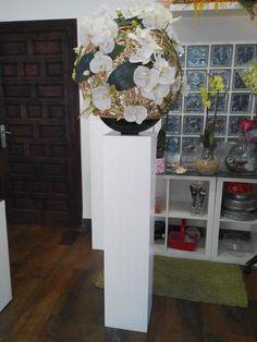 Decoración en columna para bodas elaborado por Floristeria Alameda en Cartagena
