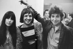 Bob Dylan with Sonny & Cher Keith Richards, Bob Dylan, Michael Bolton, Donald Sutherland, Hugh Laurie, Kennedy Jr, Phil Collins, John Travolta, Gary Oldman