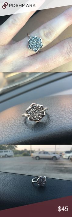 Kendra Scott Ring Brand new. Worn once. Excellent Condition. Size 7 Kendra Scott Jewelry Rings