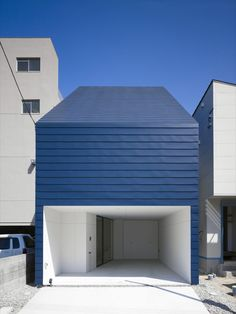 small house in Ujinahigashi by MAKER