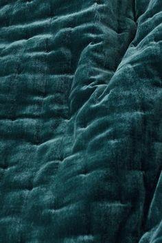 Velvet bedspread - Petrol - Home All Teal Bedspread, Teal Bedding Sets, Velvet Bedspread, Teal Comforter, Velvet Bedroom, Purple Bedding, Bedroom Rugs, Chenille Bedspread, Comforter Sets