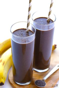 Dark chocolate banana smoothie