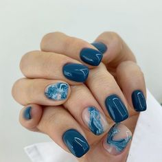 You like dark colors. This is the middle point. Do not self-care Do not force the gel. It's better than finger . Dream Nails, Love Nails, Pretty Nails, My Nails, Blue Toe Nails, Finger, Minimalist Nails, Manicure E Pedicure, Cute Acrylic Nails