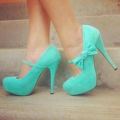 Trendy Turquoise Blue Heels with a Bow & Buckle. Cute