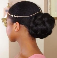 8 Romantic Natural Hair Styles for Valentines Day
