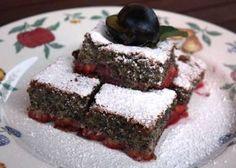 Šťavnatý makovo slivkový koláčik, recept | Naničmama.sk Sweet Pie, Sweet Cakes, Desert Recipes, Deserts, Food And Drink, Sweets, Cooking, Gardening, Health