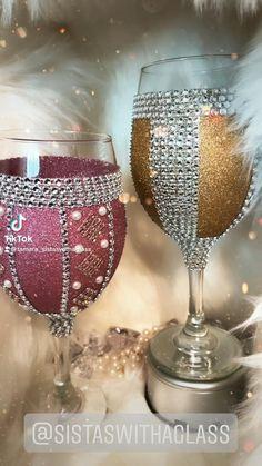 Unique Wine Glasses, Blue Wine Glasses, Glitter Wine Glasses, Wedding Wine Glasses, Decorated Wine Glasses, Wedding Bottles, Bedazzled Liquor Bottles, Bling Bottles, Diy Mug Designs
