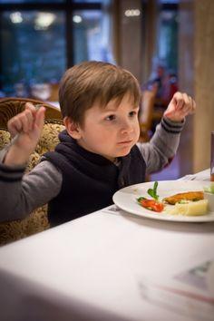 Wiedzieliście, że u nas dzieci mają swoje, specjalne menu? :) Dania znajdziecie na stronie internetowej hotelu. #food #obiad #dzieci #menu #restauracja #hotelklimek #muszyna