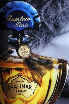 Shalimar ad by Guerlain Paris - 4 Shalimar is a classic evening perfume that smells like a rich WASP woman going to the opera in New York.Shalimar is a classic evening perfume that smells like a rich WASP woman going to the opera in New York. Perfumes Vintage, Vintage Perfume Bottles, Parfum Guerlain, Miniature Parfum, Beautiful Perfume, Smell Good, At Least, Glamour, Cosmetics